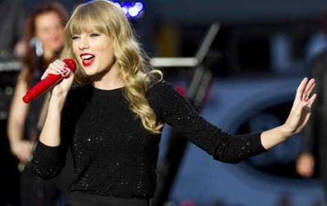 "Taylor Swift drops ""Red,"" fans approve"