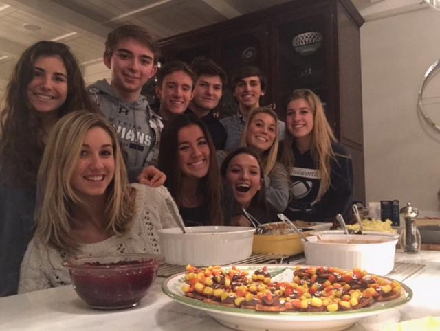 Senior+Joseph+Mussulino+and+friends+enjoy+a+Friendsgiving+feast+%7C+Mussolino