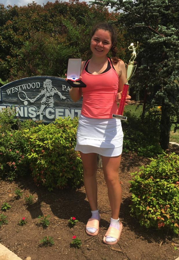 Alli+Zipoli+celebrates+her+win+at+the+USTA+National+Selection+Singles+Championship