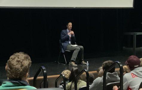 Sports journalist K.C. Johnson talks Bulls at Lit Fest