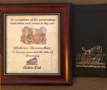 Barauskas recieved this plaque after his work on Baskin's case
